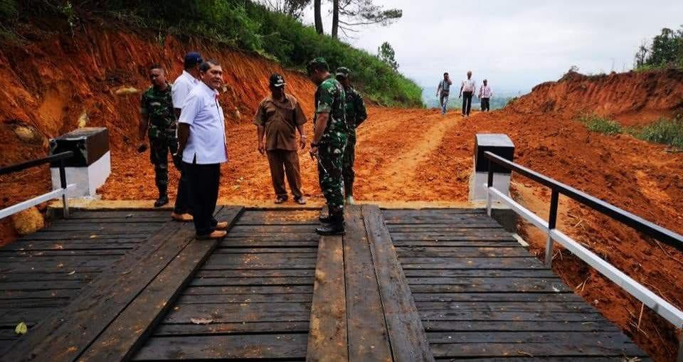 Sepanjang 6 km dengan lebar 12 meter sudah dibuka Pemkab Karo
